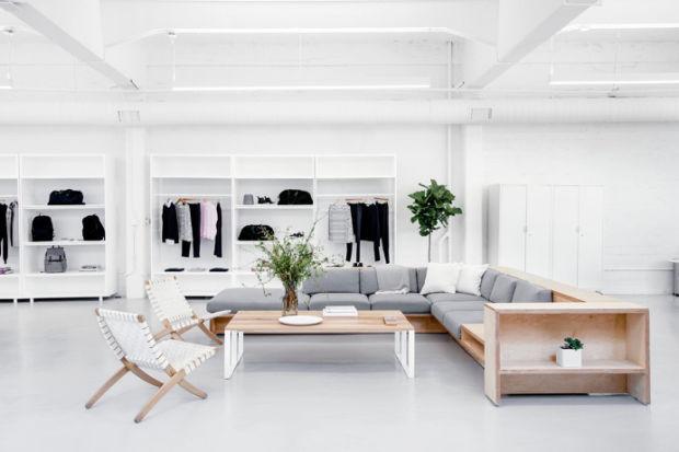 http://theultralinx.com/2016/04/22-examples-of-minimal-interior-design-35/