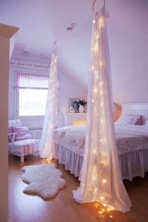 http://www.trucsetbricolages.com/decorations/25-idees-geniales-pour-une-chambre-de-la-reine-des-neiges-frozen
