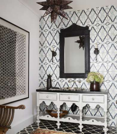 http://www.housebeautiful.com/room-decorating/bathrooms/g3414/bathroom-tile-ideas/?slide=2