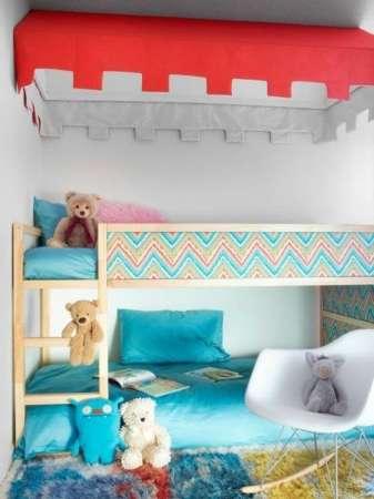 http://www.mommodesign.com/8-ways-customize-ikea-kura-bed.html