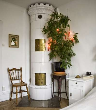 https://www.pinterest.com/moontomoon/bohemian-interiors/
