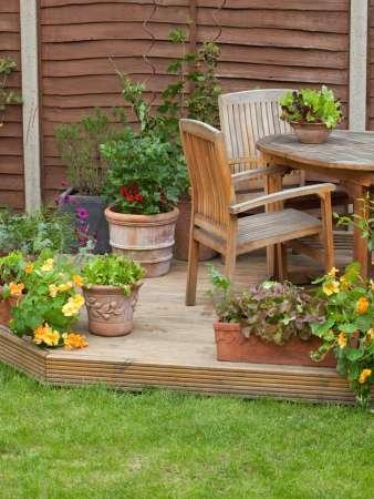 http://ainove.com/garden-patio-pictures.html