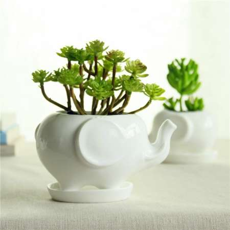 https://fr.aliexpress.com/item/Kawaii-Animals-Ceramic-Flowerpot-2-Styles-Elephant-Planter-Cute-White-Jardin-Bonsai-Succulent-Plants-Flower-Pot/32666328641.html?ws_ab_test=searchweb201556_0,searchweb201602_4_10057_10056_10055_10049_10017_405_404_10059_407_10058_10040,searchweb201603_7&btsid=c3c3b7d0-784d-4b4b-9735-69cb0a44a589