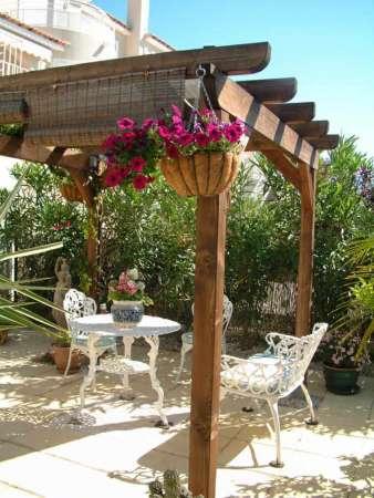 http://designmag.fr/jardins-et-terrasses/pergolas-et-jardin-design-50-exterieurs-qui-font-rever.html